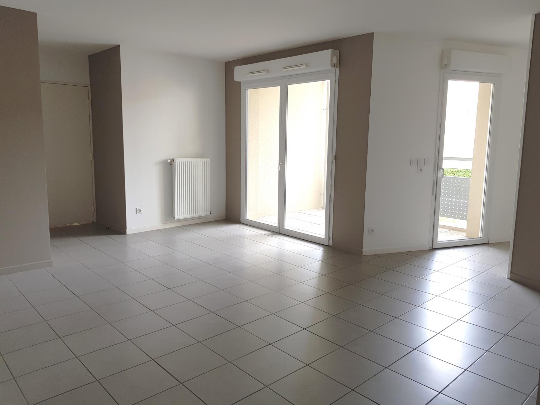 Photos de Appartement à Décines-Charpieu (69150)