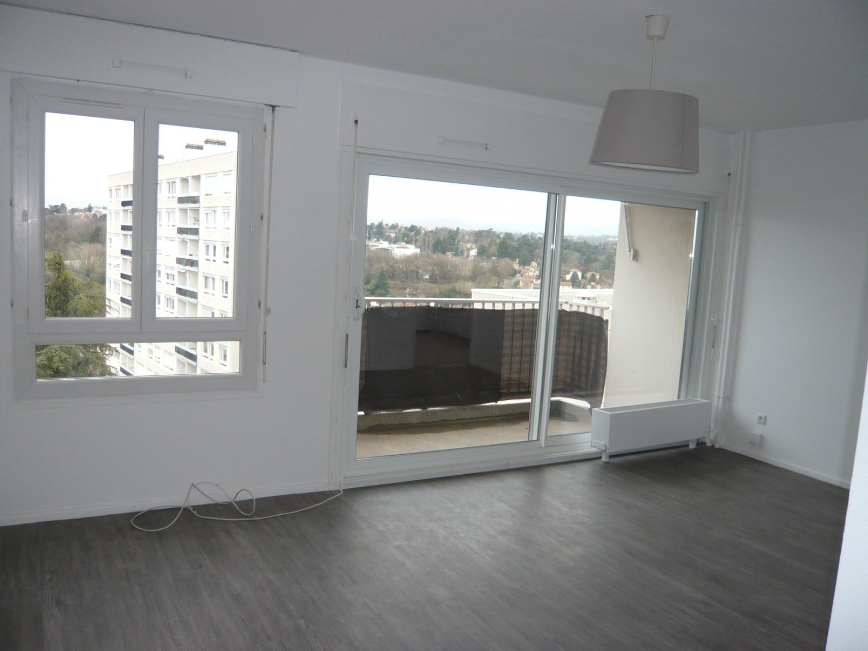 Photos de Appartement à Oullins (69600)