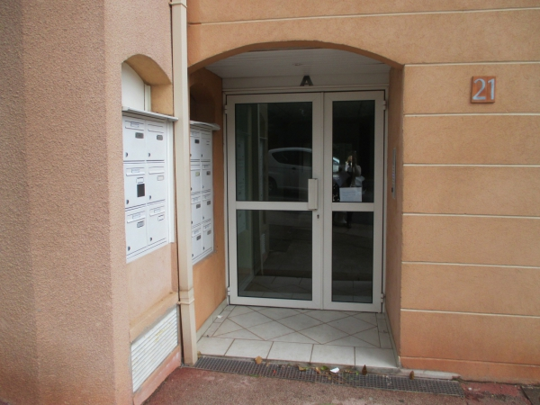 Photos de Appartement à Carqueiranne (83320)