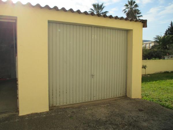 Photos de Terrains Et Garages à Hyères (83400)