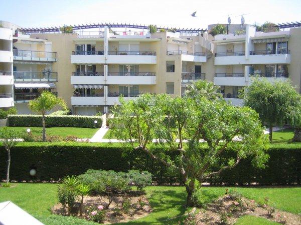 Photos de Appartement à Cagnes-Sur-Mer (06800)